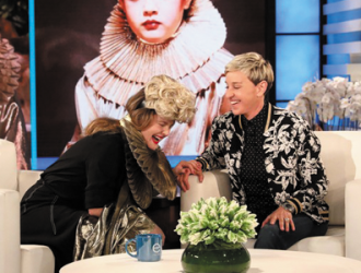"Drew Barrymore é convidada do programa ""The Ellen DeGeneres Show"""